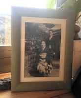 養父母の写真=河瀬直美さん提供