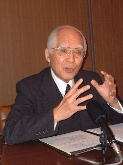 Hisashi Owada is seen in this 2009 file photo. (Mainichi)