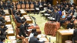 答弁する安倍晋三首相=2018年1月29日、川田雅浩撮影