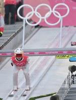 【平昌五輪】スキージャンプ男子ノーマルヒル予選に向けて練習をする竹内択=アルペンシア・ジャンプセンターで2018年2月7日、宮間俊樹撮影