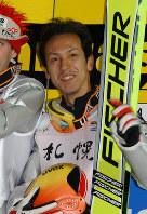 K点越えを2本そろえ、3位に入った葛西紀明=札幌大倉山ジャンプ競技場で2002年1月26日、西村剛撮影