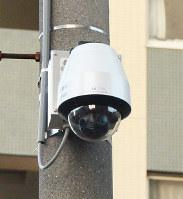 大阪府寝屋川市の中学生2人が殺害された事件を機に設置された防犯カメラ=守口市内で、加藤佑輔撮影
