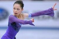 ロシア杯・女子SPで華麗な演技をする宮原=ロシアのモスクワで2013年11月22日、木葉健二撮影