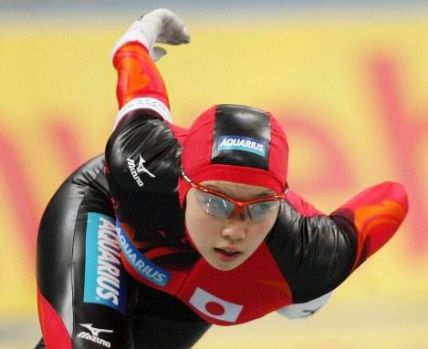 W杯・女子1000メートルで3位に入賞した小平奈緒=エムウェーブで2006年12月9日、兵藤公治撮影