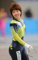 スピードスケート全日本強化合宿の公開練習で笑顔を見せる小平奈緒=長野市のエムウェーブで2009年9月24日、須賀川理撮影
