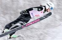 スキー宮様大会国際競技会ジャンプ女子ラージヒルで圧勝した高梨沙羅=大倉山ジャンプ競技場で2013年3月3日、貝塚太一撮影