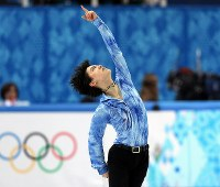 ソチ五輪の男子SPで史上最高得点を出して首位に立った羽生結弦=ロシア・ソチのアイスベルク・パレスで2014年2月13日、貝塚太一撮影
