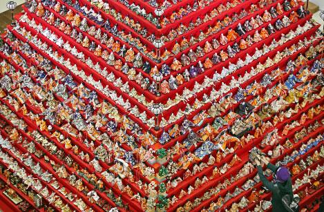 Photo Journal: Dolls by the dozen
