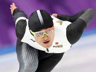 男子500メートルで滑走する山中大地=江陵オーバルで2018年2月19日、佐々木順一撮影