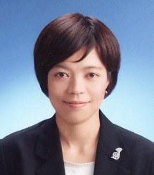 Director Keiko Yagi (Mainichi)