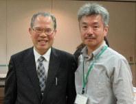 41年ぶりに再会した吉成さん(左)と石井さん