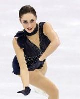 女子SPで3位につけたカナダのケイトリン・オズモンドの演技=江陵アイスアリーナで2018年2月21日、佐々木順一撮影