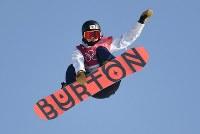 スノーボード女子ビッグエア決勝1回目、藤森由香のエア=アルペンシア・ジャンプセンターでターで2018年2月22日、山崎一輝撮影