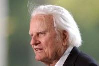2月21日、キリスト教福音派の米国人伝道師ビリー・グラハム氏がノースカロライナ州の自宅で死去した。99歳だった。同州シャーロットで2007年5月撮影(2018年 ロイター/Robert Padgett)