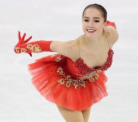 Figure skater Alina Zagitova of the Olympic Athletes of Russia performs during the women's free skate at the Pyeongchang Winter Olympics, at the Gangneung Ice Arena in Gangneung, South Korea, on Feb. 23, 2018. (Mainichi)