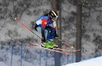 【平昌五輪】フリースタイルスキー女子スキークロス1回戦、滑走する梅原玲奈=フェニックス・スノーパークで2018年2月23日、山崎一輝撮影