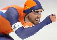 男子1000メートルで優勝したナウシュ=江陵オーバルで2018年2月23日、佐々木順一撮影