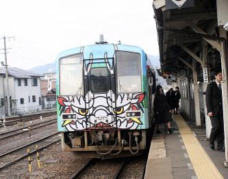 三次-口羽間の運行再開 鉄道ファンら喜び – 毎日新聞 – miyazakiz