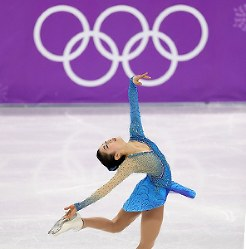 Figure skater Satoko Miyahara performs during the women's free skate at the Pyeongchang Winter Olympics, at the Gangneung Ice Arena in Gangneung, South Korea, on Feb. 23, 2018. (Mainichi)