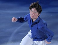 エキシビションで演技する宇野昌磨=江陵アイスアリーナで2018年2月25日、手塚耕一郎撮影