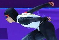 【銀メダル1個目】スピードスケート・高木美帆(女子1500メートル)。ゴールを見据えて滑走する高木=江陵オーバルで2018年2月12日、手塚耕一郎撮影