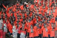 開会式に入場する日本選手団=平昌五輪スタジアムで2018年2月25日午後8時27分、手塚耕一郎撮影