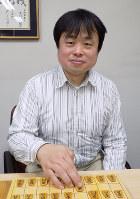 「いろんな作戦を試してみたい」と話す矢倉規広七段=大阪市福島区の関西将棋会館で、新土居仁昌撮影