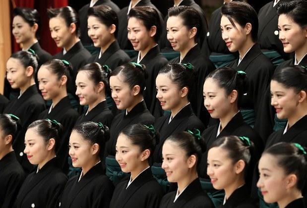 宝塚 歌 劇団 卒業生