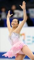 フィギュアスケート全日本選手権女子SPで、表情豊かに演技する今井遥選手=さいたまスーパーアリーナで13年12月22日、貝塚太一撮影