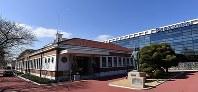 1933年当時の本店の姿を跡地に再現した「松下幸之助歴史館」=大阪府門真市で2018年3月6日、小関勉撮影