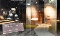松下幸之助歴史館には「二股ソケット」が展示されている=大阪府門真市で2018年3月6日、小関勉撮影
