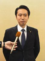 蔵王山の呼称併記が決まり、喜びの佐藤孝弘・山形市長=同市役所で