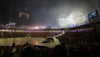 Fireworks light up Pyeongchang Olympic Stadium during the opening ceremony for the Paralympic Winter Games in Pyeongchang, South Korea, on March 9, 2018. (Mainichi)
