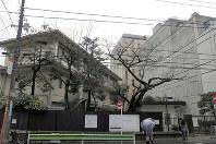 学生の募集停止を発表した青山学院女子短大=東京都渋谷区で9日、水戸健一撮影