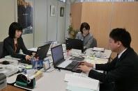 北海道が開設した旧優生保護法に関する相談センター=道庁で12日