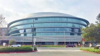 米アップルが建設中の「第2のスペースシップ」と呼ばれる社屋