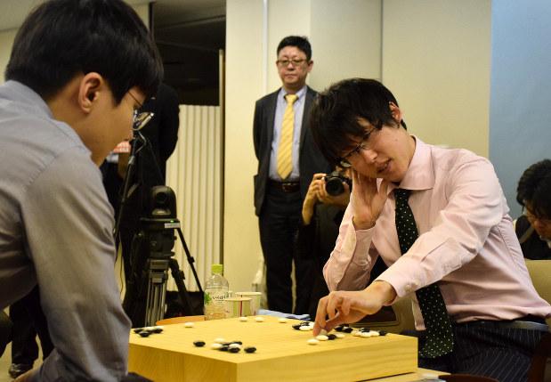ワールド碁:韓国の朴廷桓九段が...