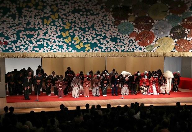 名古屋三座:さよなら中日劇場 半世紀あまりの歴史に幕 - 毎日新聞