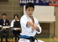 男子個人形の田中透也(近畿・大阪学芸高2年)。昨年大会で3位に入った実績がある=空手道マガジンJKFan提供