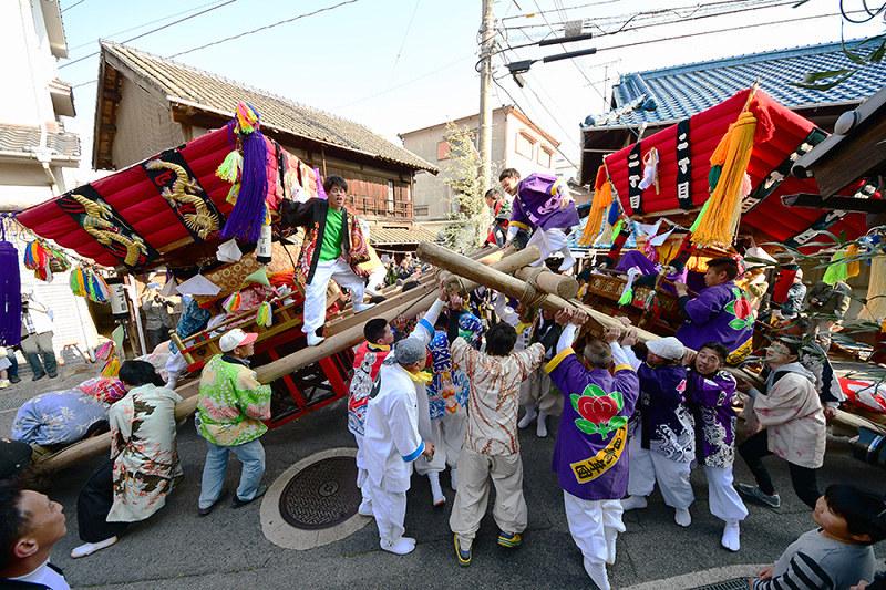 春祭り:勇壮に練り豊漁を願う ...