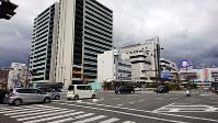 19年連続で和歌山県内商業地の最高価格地点となったJR和歌山駅近くの「和歌山市友田町5-50番外」付近=阿部弘賢撮影
