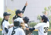 全国高校女子硬式野球選抜大会決勝【神戸弘陵4―0秀明八千代】=三澤威紀氏撮影