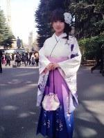 2014年に早稲田大学大学院を卒業しました。振り袖を着ると自然と背筋が伸び、卒業したんだなぁと実感することができました。