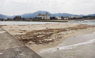 敦賀・笙の川:巨大砂州形成 県...