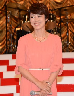 有働由美子アナウンサー=東京都渋谷区で2014年10月10日午前10時3分、須藤唯哉撮影