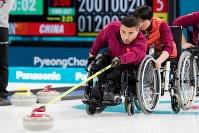 平昌パラリンピックで中国勢冬季大会初のメダルとなる「金」を獲得した車いすカーリング代表チーム=写真家・越智貴雄さん撮影