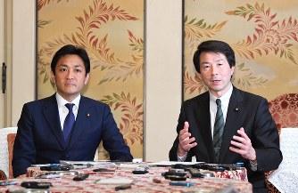 2党首会談:希望・民進、新党作...