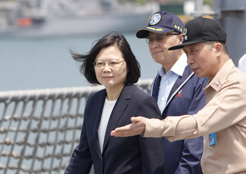 Taiwan leader inspects navy as China prepares drills
