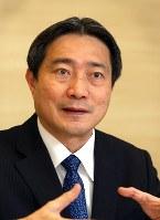 タン・ウイ・シアン会長