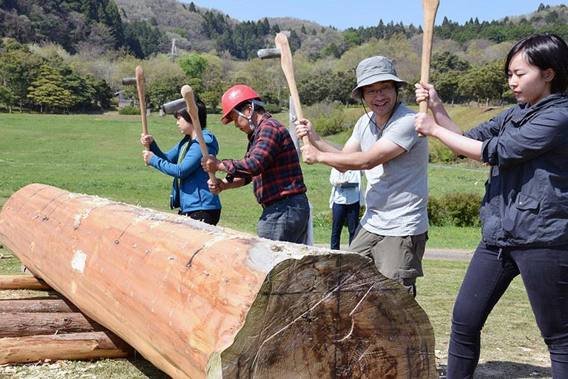 復元石器で丸木舟作り 木の伐採から加工まで 太古の手法検証、体験者を募集 /石川関連記事アクセスランキング編集部のオススメ記事